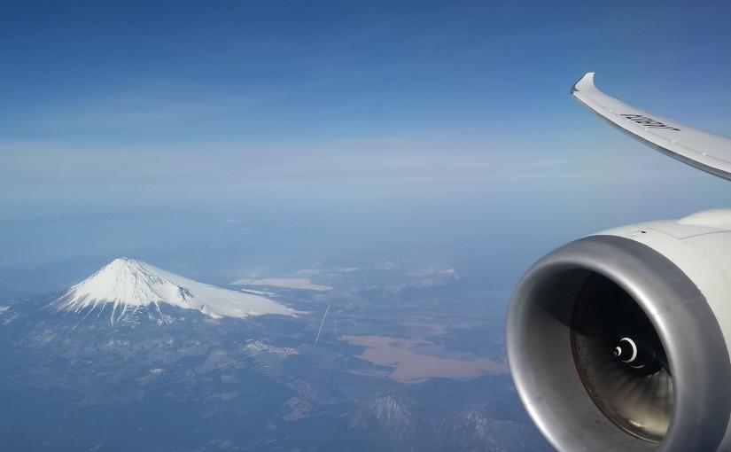 Dreamliner 787 Mount Fuji - Photo by: Pyonko Omeyama